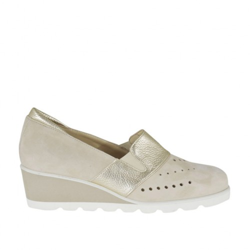 Woman's highfronted shoe with elastic bands in beige pierced suede and platinum laminated leather wedge heel 4 - Available sizes:  42, 43, 45