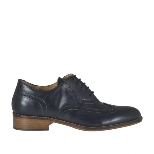 Woman's laced Oxford shoe in black leather heel 2 - Available sizes:  44, 45