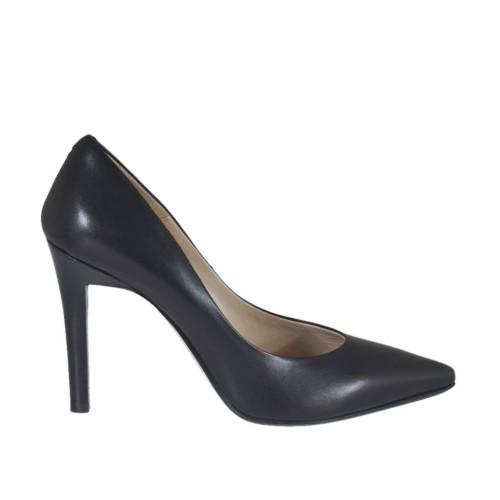 Escarpin à bout pointu pour femmes en cuir noir talon 9 - Pointures disponibles:  31, 46