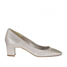 Woman's pump in rosé laminated leather heel 5 - Available sizes:  31, 34, 43, 44, 46