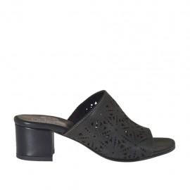 Mule ouvert pour femmes en cuir perforé noir talon 4 - Pointures disponibles:  32, 33, 34, 42, 43, 44