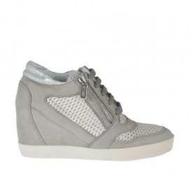 Woman's laced shoe with zippers in grey nubuck, white and silver pierced fabric and laminated printed silver leather wedge 7 - Available sizes: 32, 33, 34, 42, 43, 44, 46