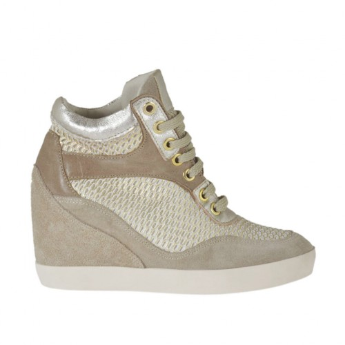Woman's laced shoe in taupe suede and leather, white and platinum pierced fabric and laminated printed silver leather wedge 7 - Available sizes:  42, 43