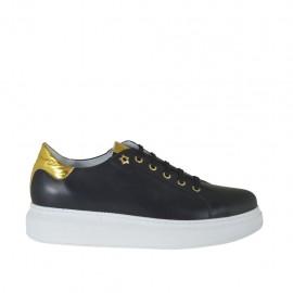Zapato con cordones para mujer en piel negra y laminada oro cuña 4 - Tallas disponibles:  42, 44, 45