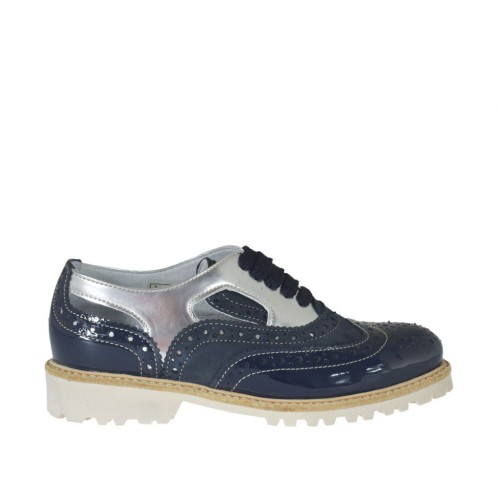 Woman's laced shoe with sidecuts in blue suede and patent leather and silver laminated leather heel 3 - Available sizes:  42, 44, 45