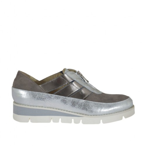Woman's shoe with zipper in grey suede and silver and grey laminated leather wedge 3 - Available sizes:  44, 45