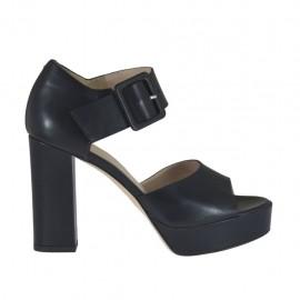 Offener Damenschuh mit Schnalle aus schwarzem Leder mit Plateau und Absatz 9 - Verfügbare Größen:  31, 32