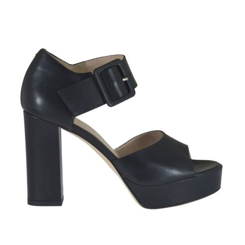 Woman's open shoe in black leather with buckle and platform heel 9 - Available sizes:  31, 32