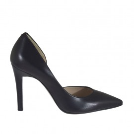 Woman's pump with sidecut in black leather heel 9 - Available sizes:  31, 43, 46