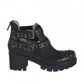 Damenstiefelette mit Reißverschluss, Schnallen und Nieten aus schwarzem Leder Absatz 6 - Verfügbare Größen:  32, 33, 34, 42, 44