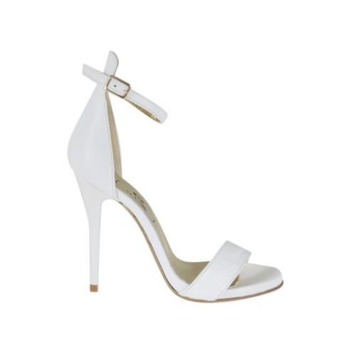 Scarpa aperta da donna con cinturino in pelle bianca con plateau e tacco 10 - Misure disponibili: 32, 44, 46, 47