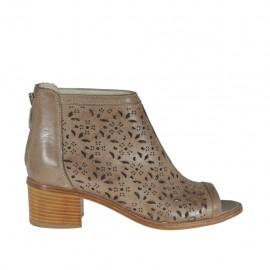 Zapato abierto en punta cerrado hasta el cuello para mujer con cremallera en piel perforada gris pardo tacon 5 - Tallas disponibles:  42, 44