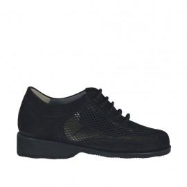 Chaussure à lacets pour femmes en cuir nubuck et tissu perforé noir talon compensé 3 - Pointures disponibles:  33, 34, 42, 43, 44, 45