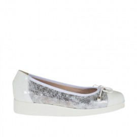 Woman's pump with bow in white patent leather and silver laminated printed leather wedge 3 - Available sizes:  32, 42, 43, 44
