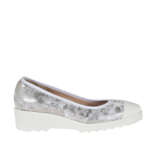 Woman's pump in white patent leather and silver laminated printed leather wedge 4 - Available sizes:  42
