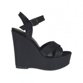 Sandalo da donna stampato nero con cinturino, plateau e zeppa 11 - Misure disponibili: 42