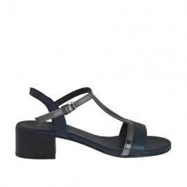Sandalia azul y laminada gris para mujer tacon 4 - Tallas disponibles:  46