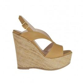 Sandalia color cuero para mujer con plataforma y cuña 11 cubierta en tejido - Tallas disponibles:  42, 43