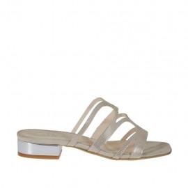 Mule ouvert pour femmes en daim imprimé beige scintillant et cuir verni argent talon 2 - Pointures disponibles:  42, 43