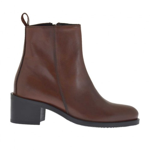 Woman's ankle boot with zipper in tan brown leather heel 4 - Available sizes:  34, 44, 45, 46