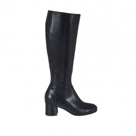 Woman's boot with zipper in black-colored leather heel 5 - Available sizes:  32, 33, 34, 43, 44, 45