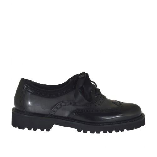 Scarpa stringata da donna modello Oxford in pelle abrasivata grigia e nera tacco 3 - Misure disponibili: 32, 33, 43