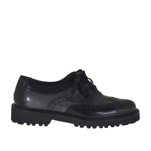 Woman's laced Oxford shoe in grey and black brush-off leather heel 3 - Available sizes:  32, 33