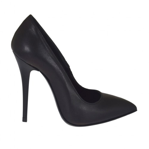 Woman's pointy pump shoe in black leather with heel 10 - Available sizes:  32