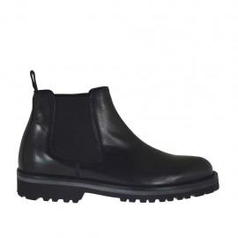 Bottines pour hommes en cuir noir et avec élastiques latérales  - Pointures disponibles:  36, 38, 46, 47, 48, 49, 50