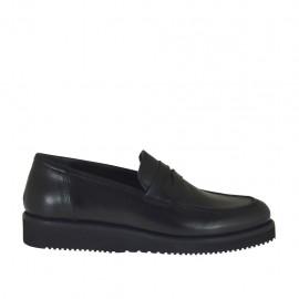 Mokassin für Damen aus schwarzem Leder mit Keilabsatz 3 - Verfügbare Größen:  34, 44, 45