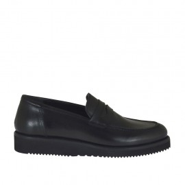 Woman's moccasin in black leather wedge heel 3 - Available sizes:  33, 34, 42, 43, 44, 45