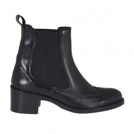 Stivaletto da donna con elastici laterali in pelle nera stile inglese tacco 4 - Misure disponibili: 32, 33, 34, 42, 43, 44, 45, 46
