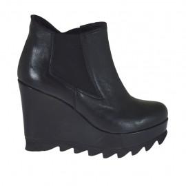 Bottines pour femmes avec elastiques en cuir noir talon compensé 9 - Pointures disponibles:  31, 32, 34, 42, 43, 45