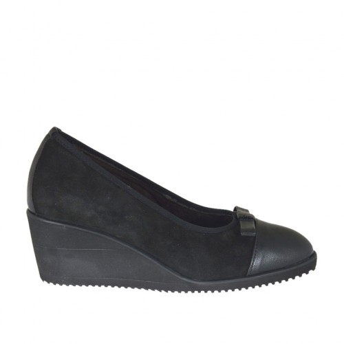 Woman's pump with bow and removable insole in black leather and suede wedge 6 - Available sizes:  34