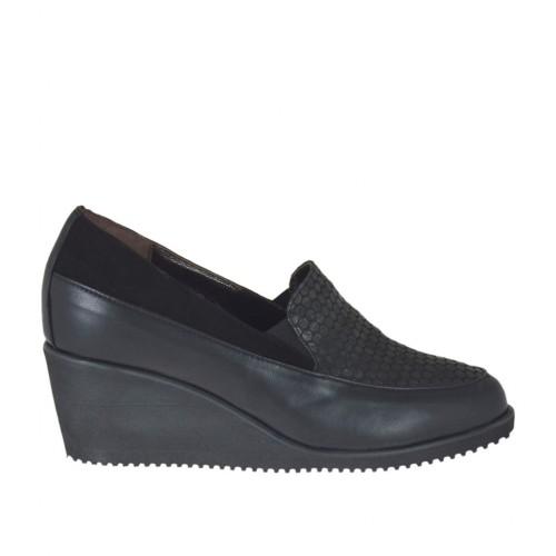 chaussure pour femmes avec lastiques et semelle interieur amovible en cuir et daim noir pois
