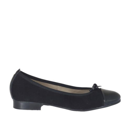 Woman's ballerina shoe with bow in black suede and patent leather heel 2 - Available sizes:  33, 43, 44, 45