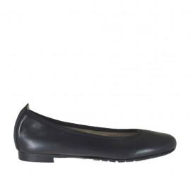 Damenballerinaschuh aus schwarzem Leder mit Absatz 1 - Verfügbare Größen:  33, 34, 42, 43, 44