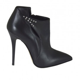 Woman's highfronted shoe in black leather with zipper and rhinestones heel 10 - Available sizes:  32, 33, 34, 42, 43, 47