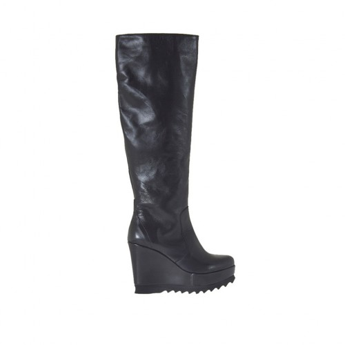 Woman's boot with zipper and platform in black leather wedge heel 9 - Available sizes:  31