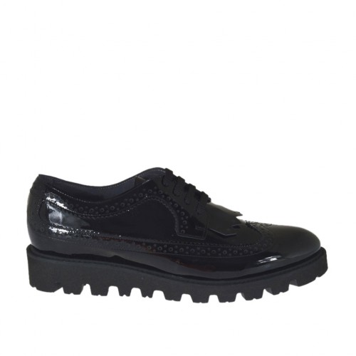 Woman's laced derby shoe with fringes in black patent leather wedge heel 3 - Available sizes:  43, 44