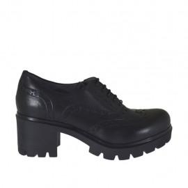 Zapato para mujer con cordones en piel de color negro tacon 6 - Tallas disponibles:  32, 33, 34, 42, 43, 44, 46