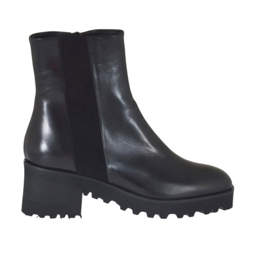 Woman's ankle boot with zipper in black suede and leather heel 5 - Available sizes:  45