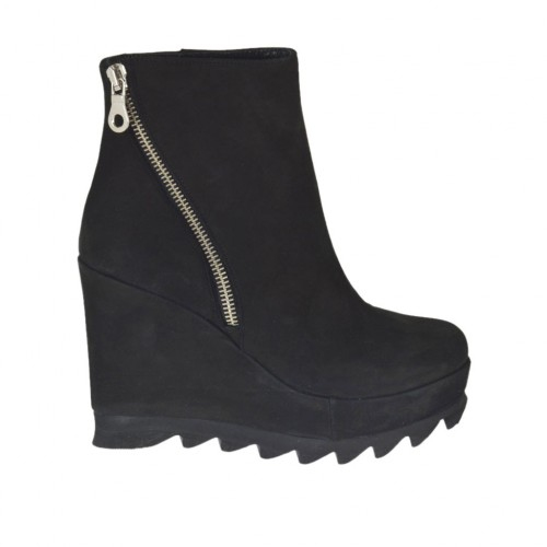Woman's ankle boot with zipper and platform in black nubuck leather wedge heel 9 - Available sizes:  42, 43