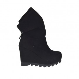 Woman's ankle boot with zipper and platform in black suede wedge heel 9 - Available sizes:  31, 32, 33, 34, 42, 43, 44, 45