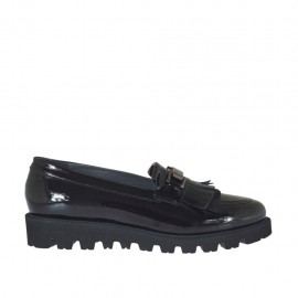 Woman's mocassin with fringes and accessory in black patent leather wedge 3 - Available sizes:  42, 43, 44, 45