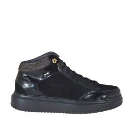 Chaussure à lacets en daim et cuir verni noir et cuir imprimé bronce à canon talon compensé 4 - Pointures disponibles:  42, 43, 44, 45