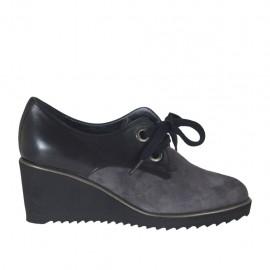 Damenschnürschuh aus grauem Wildleder und schwarzem Leder Keilabsatz 6 - Verfügbare Größen:  34, 42, 43