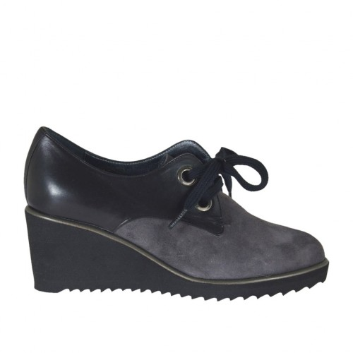 Woman's laced shoe in grey suede and black leather wedge heel 6 - Available sizes:  42
