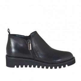 Woman's highfronted shoe with zippers in black leather wedge heel 3 - Available sizes:  32, 33, 43