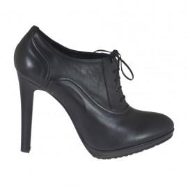 Scarpa stringata da donna in pelle nera con plateau tacco 12 - Misure disponibili: 42, 44, 45